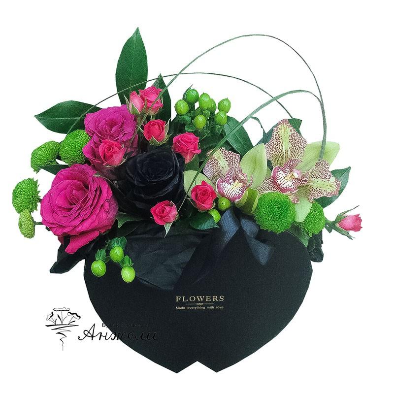 Кутия с цветя Черно сърце